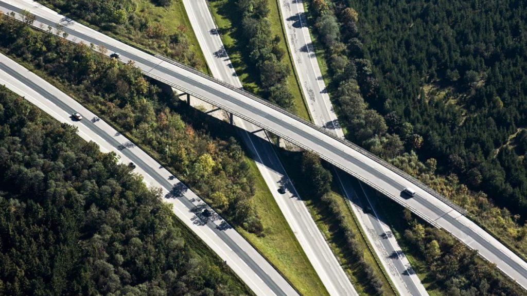 Autobahn: Auch Scheuer hält die Kosten für Berater für zu hoch