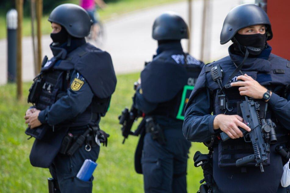 Bereitschaftspolizei im Dienst in Oppenau.