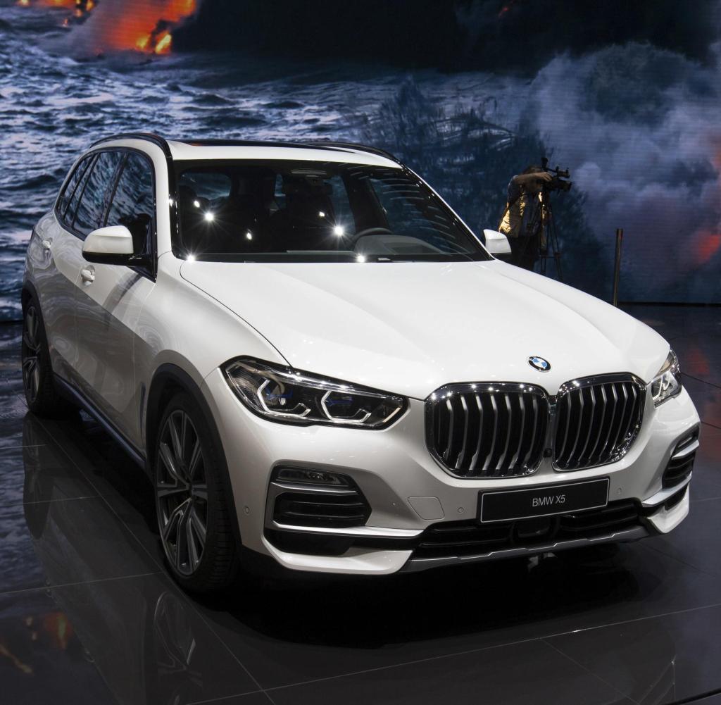 Der BMW X5 xDrive45e hat nur eine Minibatterie - und einen großen Tank