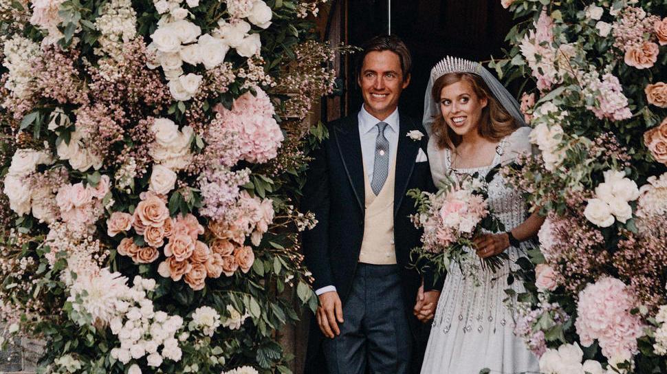 Königshaus zeigt Hochzeitsfotos von Prinzessin Beatrice
