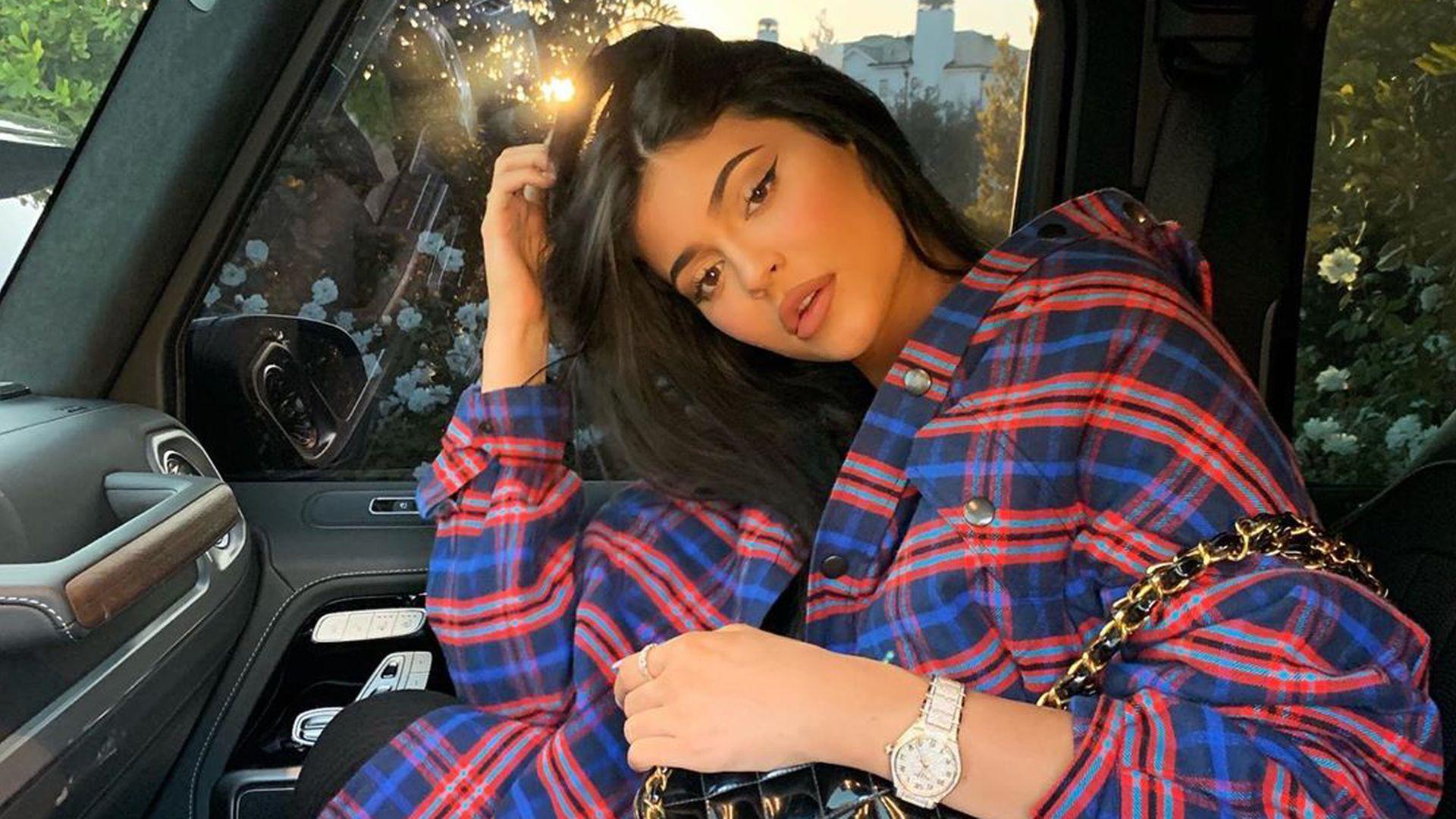 Kellnerin berechnet Kylie Jenner ein kleines Trinkgeld!