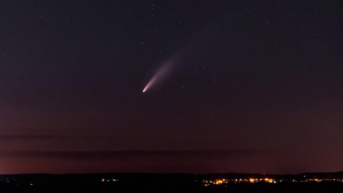 Komet Neowise am Nachthimmel: Neowise ist jetzt auch abends zu sehen