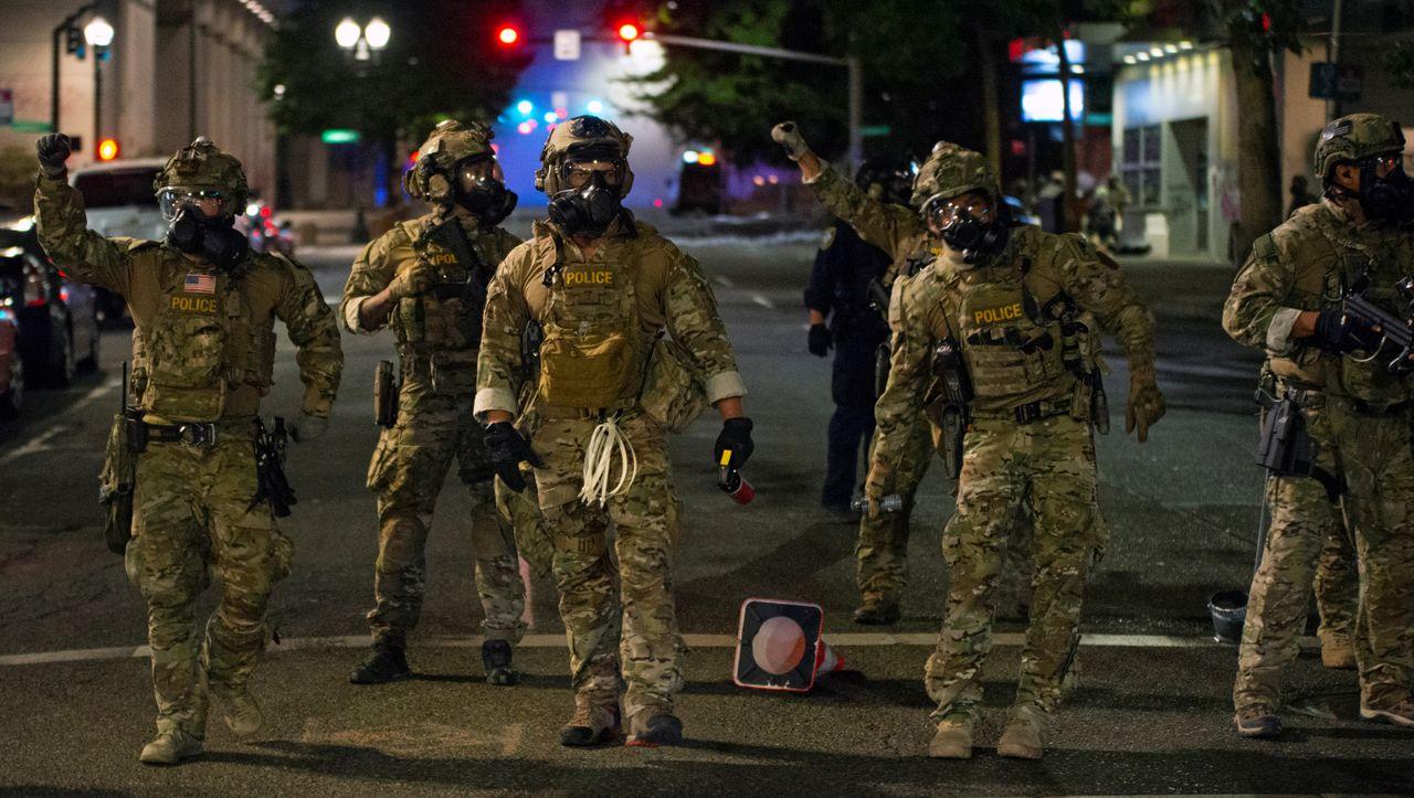 USA: Der Bürgermeister von Portland fordert die Bundesbeamten auf, sich aus der Stadt zurückzuziehen