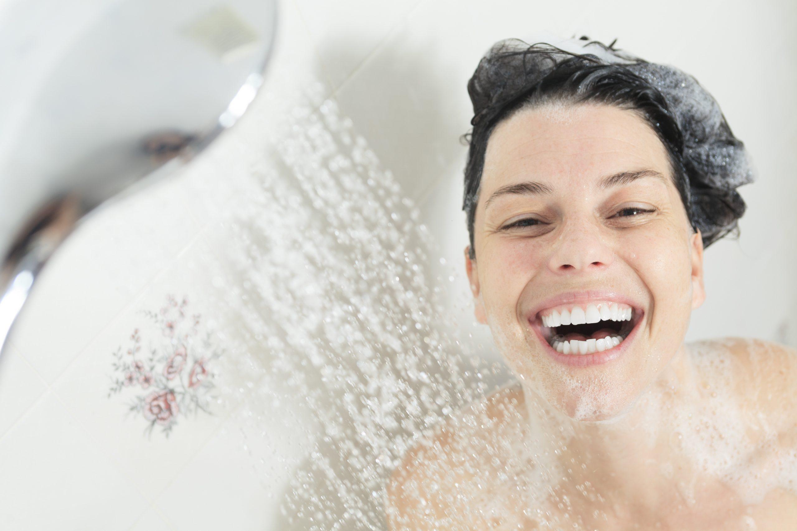 Morgens oder abends duschen?  Wir erklären die Unterschiede!  - Portal für Spezialisten für Naturheilkunde und Naturheilkunde