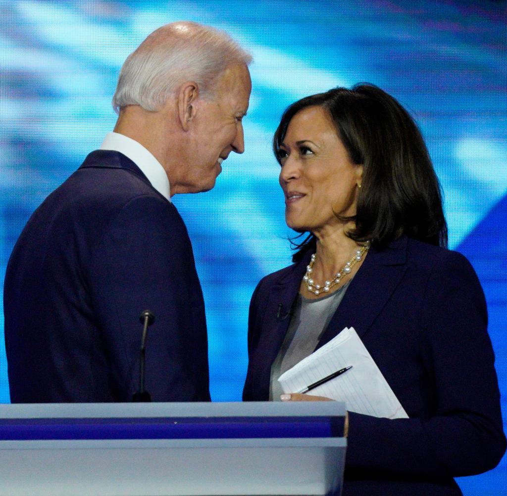 Biden steht zusammen mit Harris zur Wahl