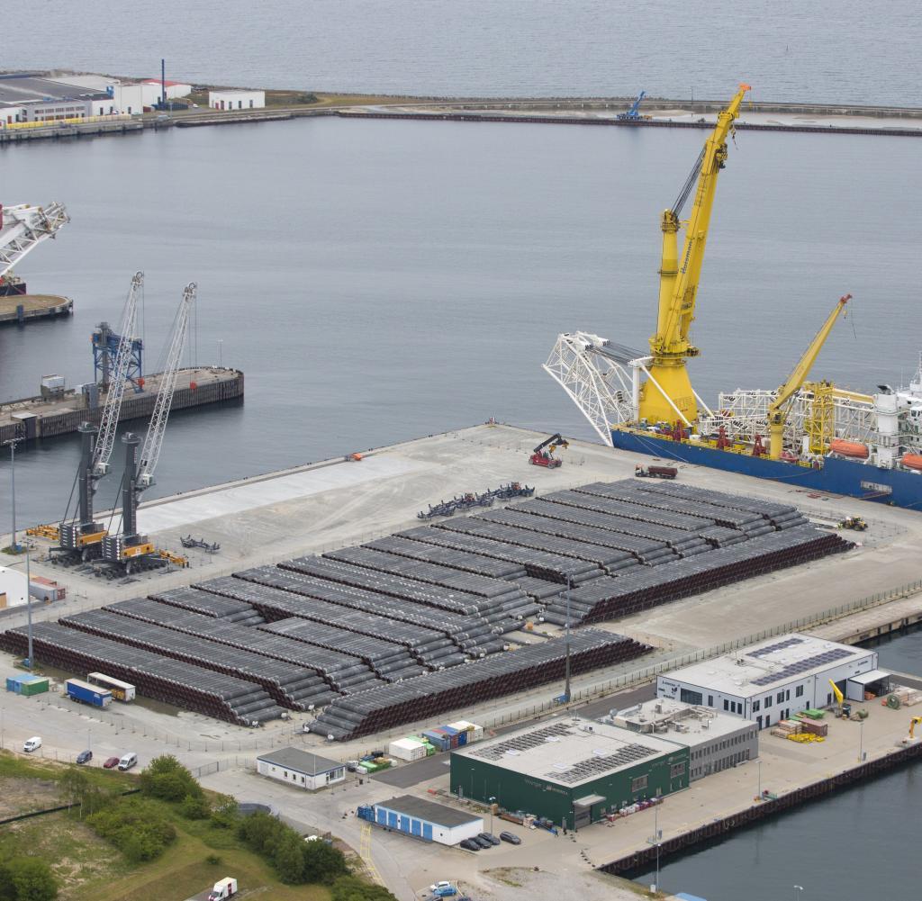 Der Hafen von Sassnitz befindet sich im Kampf um Nord Stream 2 zwischen den Fronten