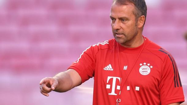 Zuversichtlich: Bayern-Trainer Hansi Flick will die Angriffsspielphilosophie im Finale nicht ändern.  (Quelle: Reuters / David Ramos)