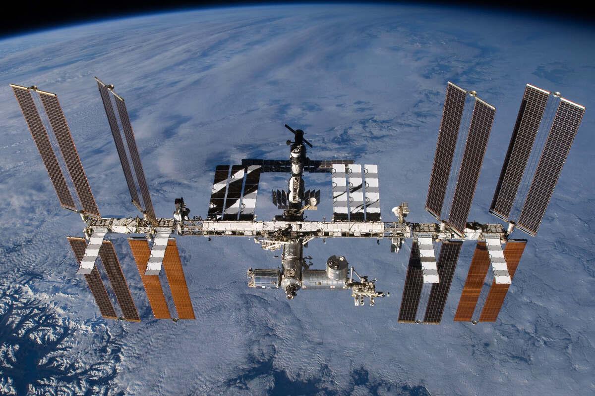 Leck auf der ISS-Raumstation - Raumfahrer kehren zur Arbeit zurück