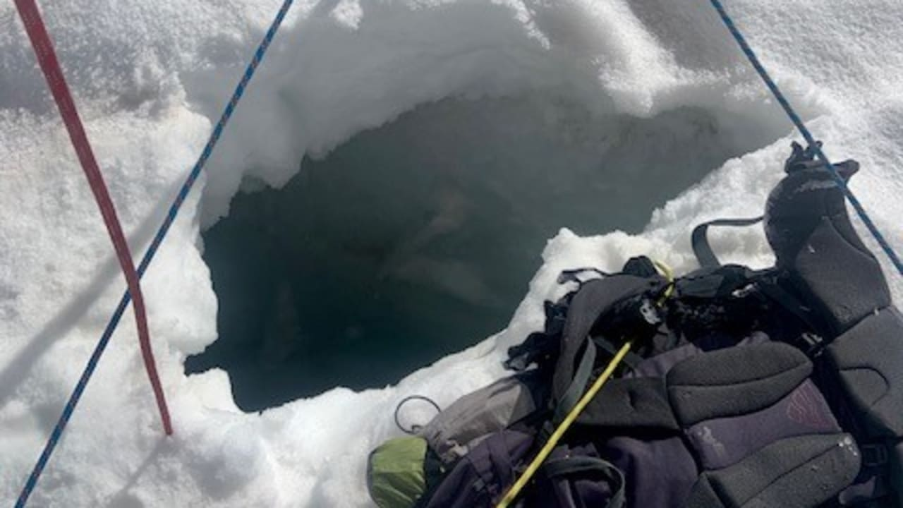 """Zermatt - Bergretterin auf Gletscherfrau: """"Sie können einen gewissen Zorn in sich spüren!"""" - Nachrichten im Ausland"""