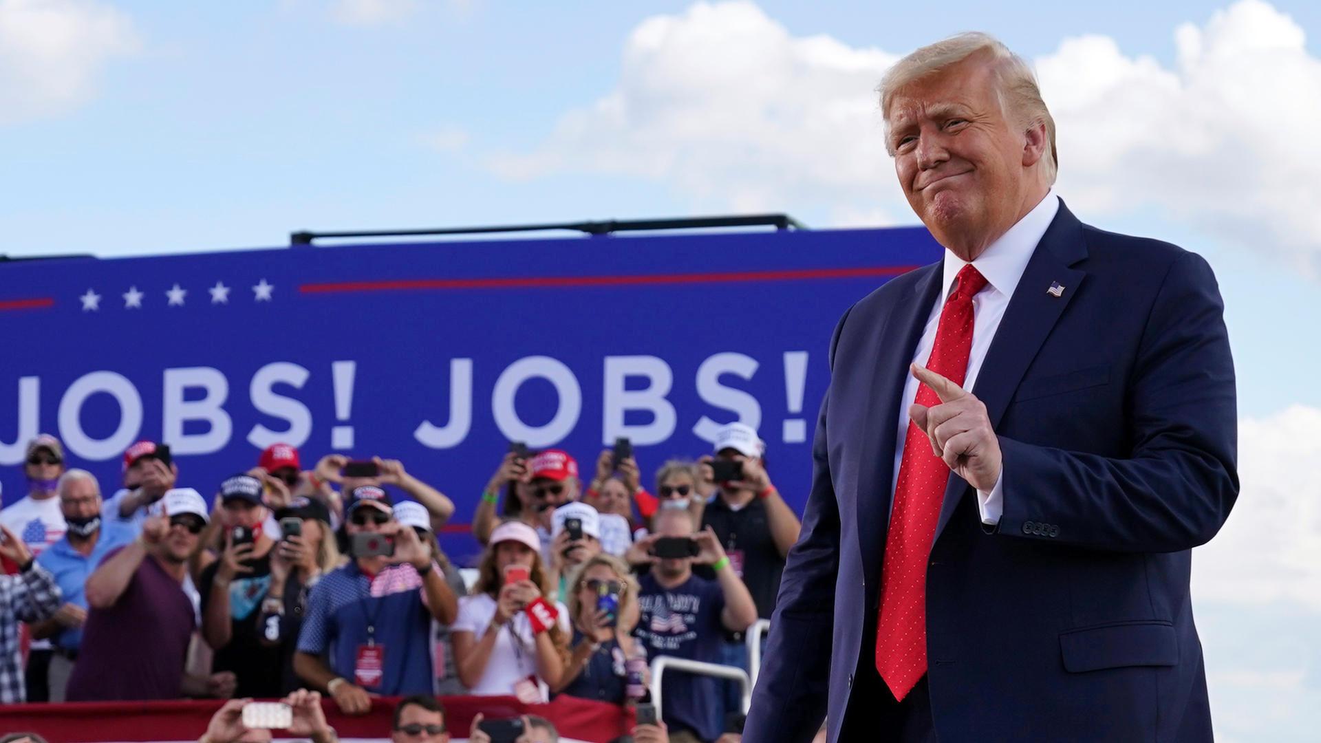 Demokratenkonvention beginnt - Trump ist aggressiv