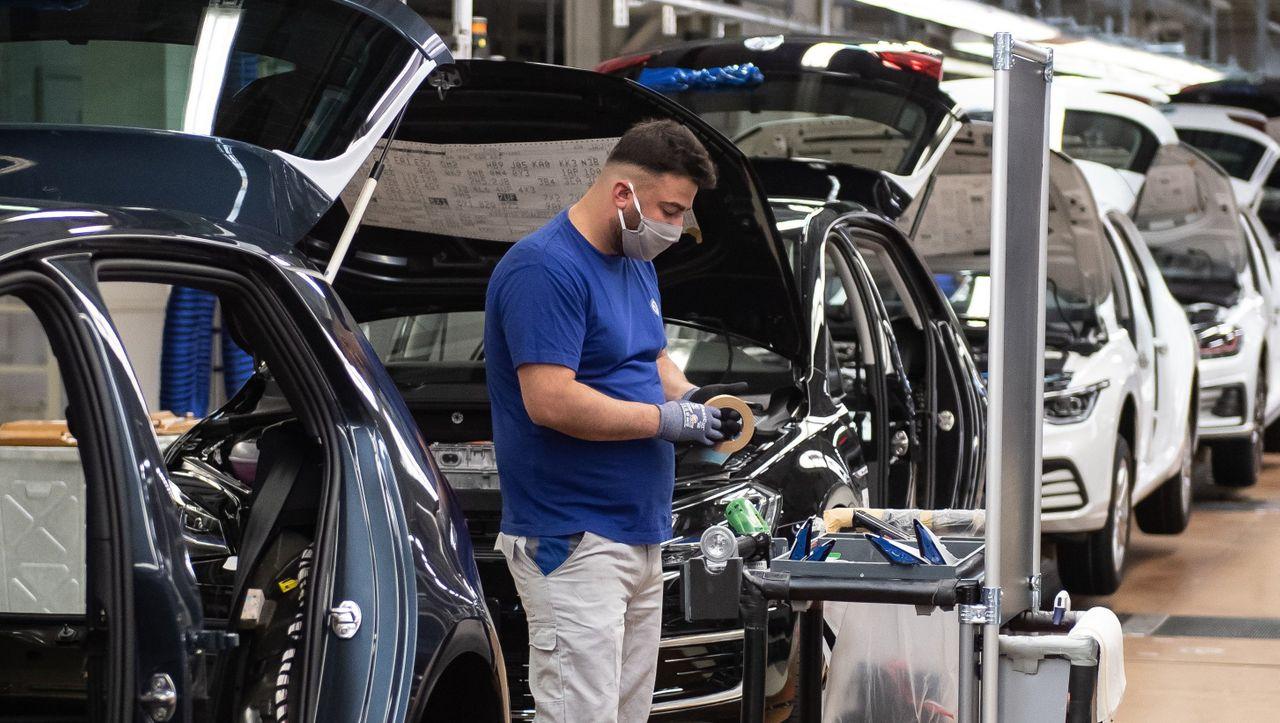 Die Autoindustrie ist nach dem Zusammenbruch von Corona wieder optimistischer