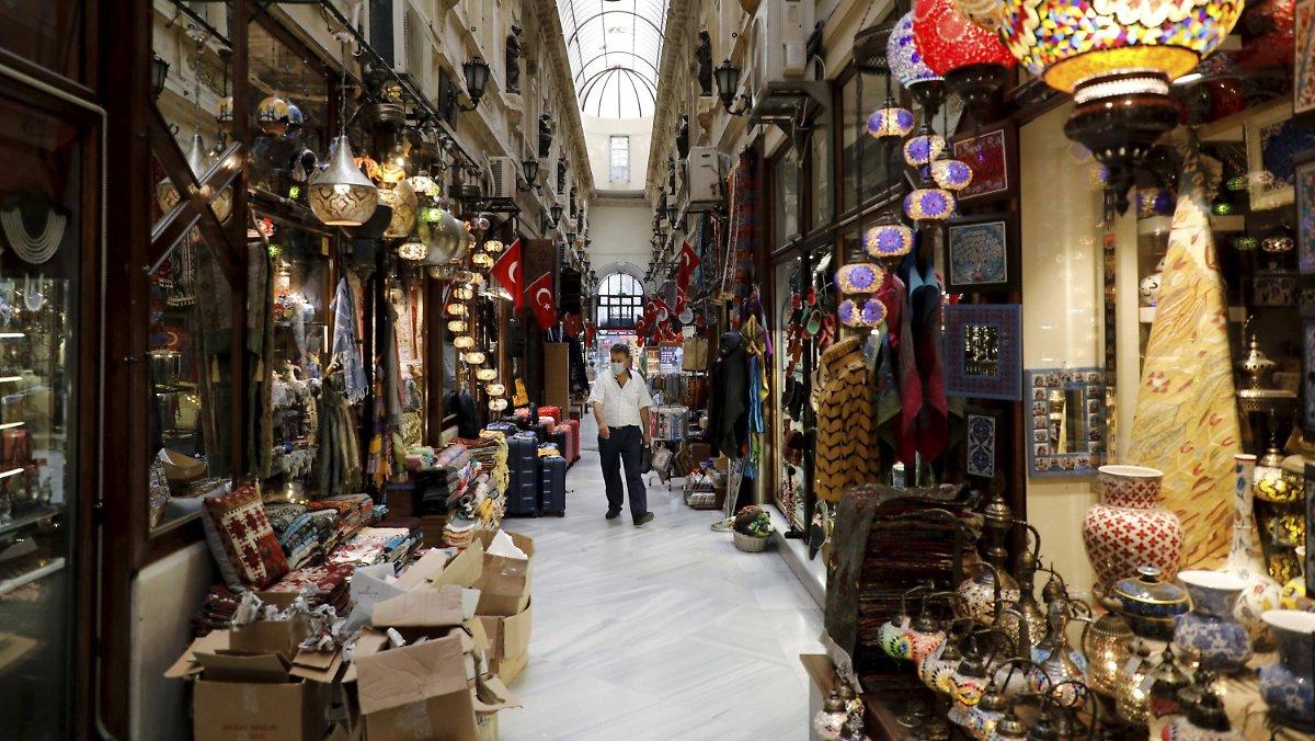 Die Corona-Krise belastet den Tourismus: Die türkische Wirtschaft bricht dramatisch zusammen