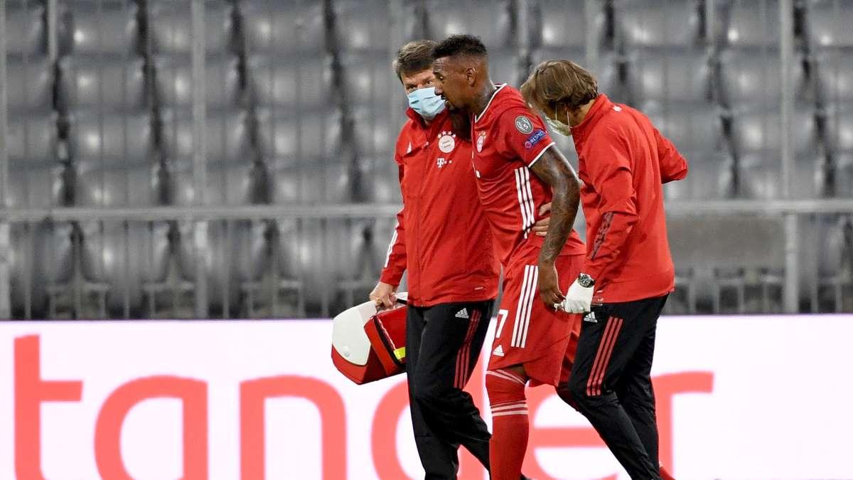 FC Bayern: Jerome Boateng und das Verletzungsdrama! Teamkollegen feiern, er stolpert aus dem Flugzeug
