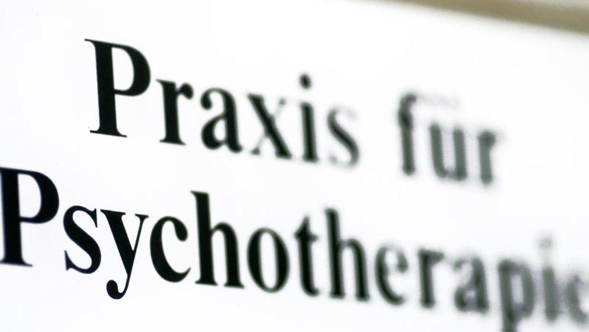 Lange Wartezeiten: Der felsige Weg zur Psychotherapie