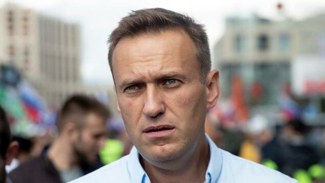 Russischer Kremlkritiker: Nawalny nach gefährdeter Vergiftung - Politik