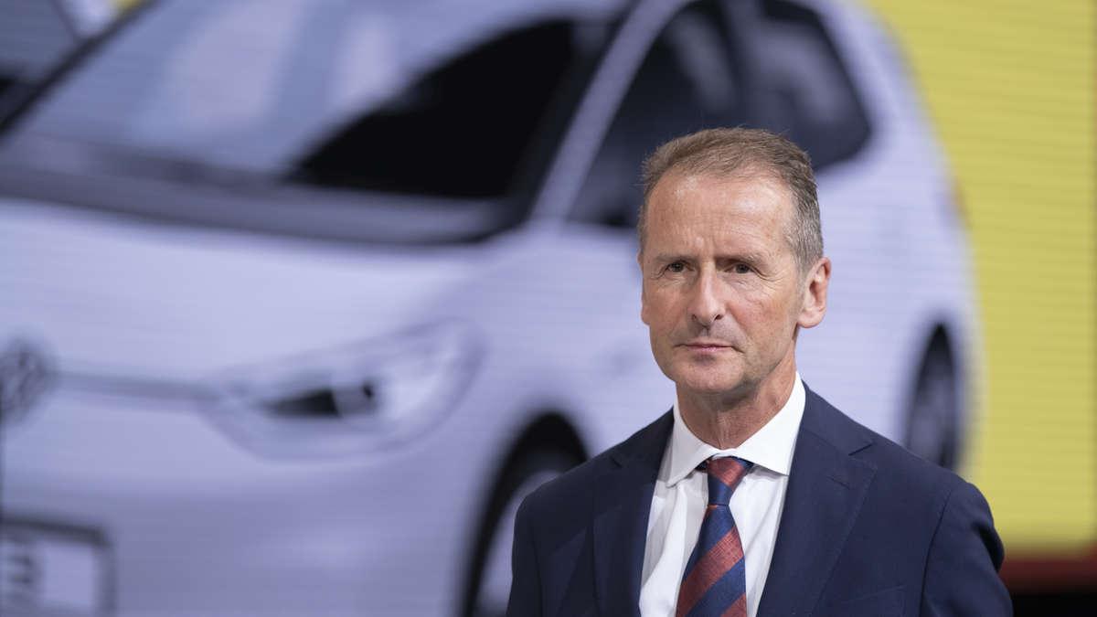 """VW-Chef Diess will die Firmenflotte auf E-Drive umstellen - in Wolfsburg gibt es Probleme: """"Schwierige Geburt"""""""