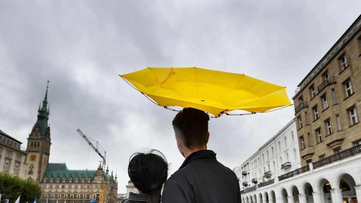 Wettervorhersage: Verbleibender Sommer in Deutschland - Schüttelfrost - dann ruht alle Hoffnung auf einem Phänomen