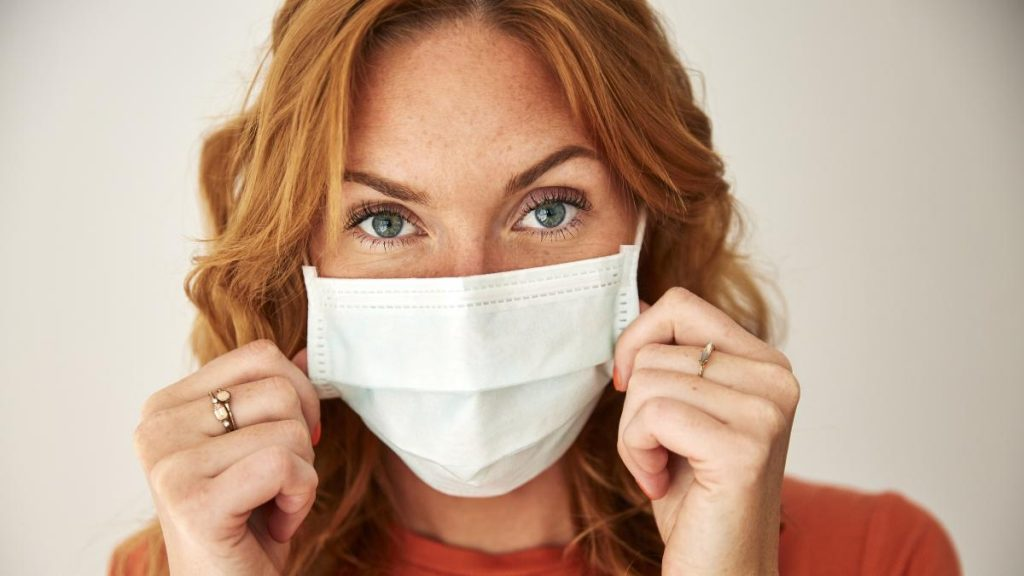 Sars-CoV-2: Immunisierung durch Tragen einer Maske?