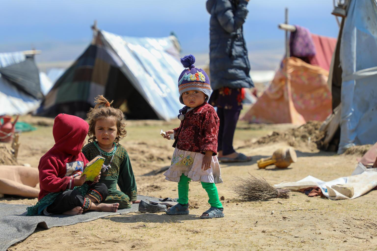 Foto für Kinder im informellen Lager in Afghanistan