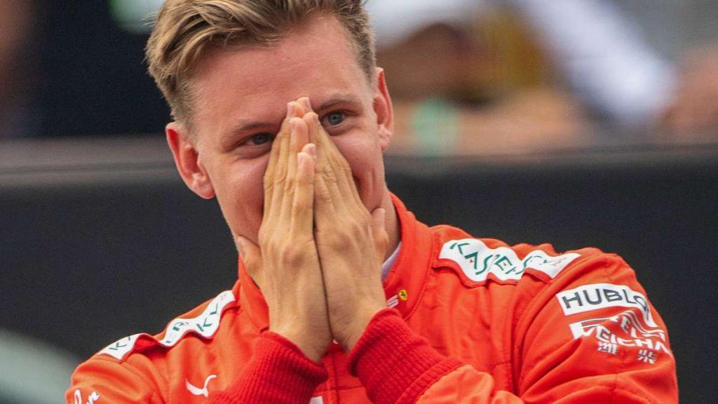 Mick Schumacher / Formel 1: Sensation bei Ferrari - Michael Schumachers Sohn vor dem Debüt