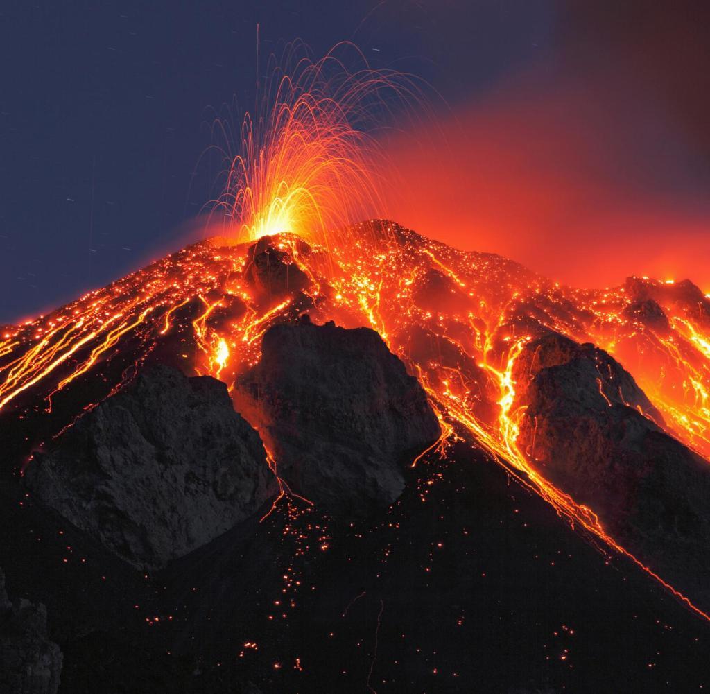 Gibt es eine Verbindung zwischen dem Supervulkan Toba und dem fast vollständigen Aussterben der Menschheit?