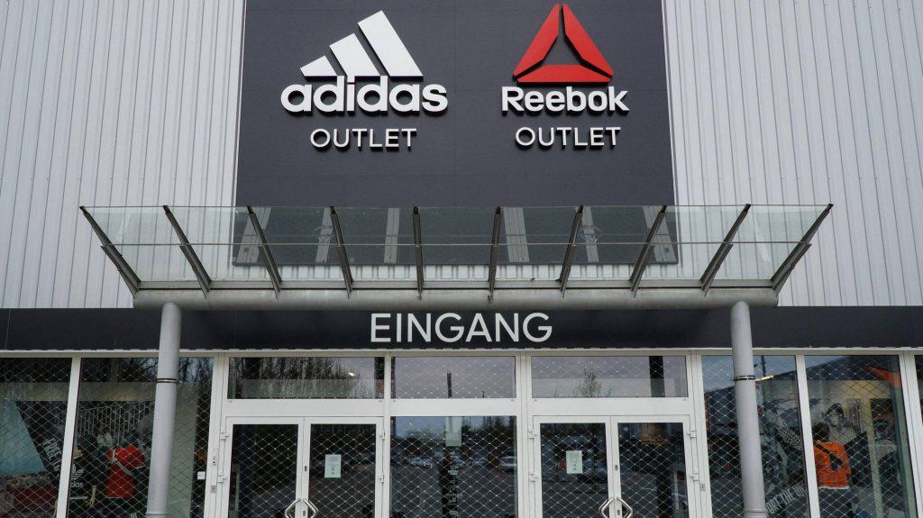 Drei Milliarden Euro - verkauft Adidas seine US-Tochter Reebok?