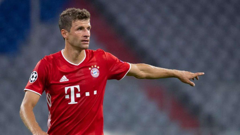 FC Bayern München: Düren-Kicker will Thomas Müller nicht um ein Trikot bitten – dann wird er frech