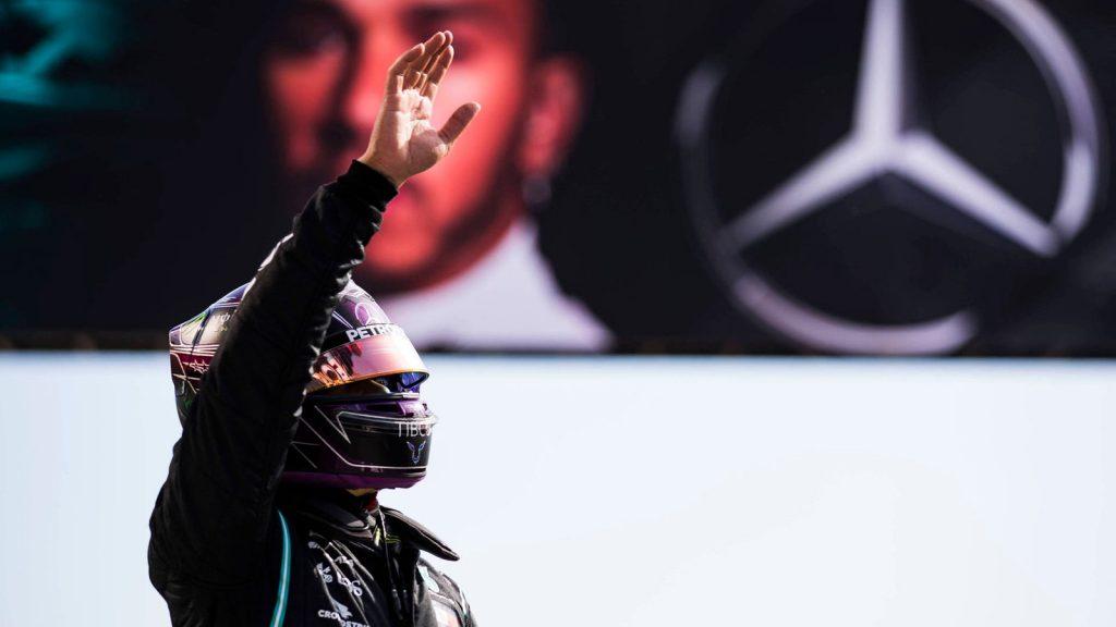 Formel 1 - Hamilton feiert legendären 92. Grand-Prix-Sieg - Formel 1
