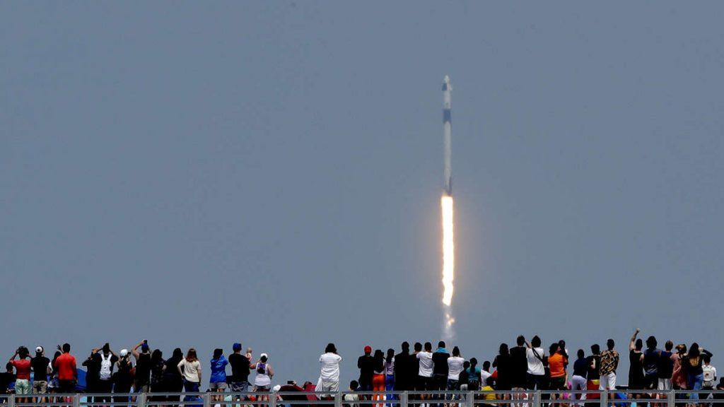 SpaceX-Sensation: Frankfurt wird aus dem All zum Hotspot für Starlink Internet