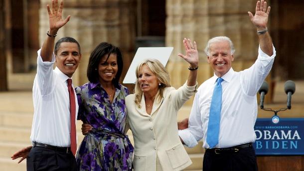 Die Obamas und die Bidens in der Präsidentschaftskampagne 2008: Biden wurde 2020 zum 46. Präsidenten der Vereinigten Staaten gewählt. (Quelle: Reuters)