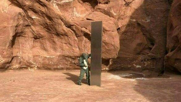 Erst kürzlich wurde dieser Monolith in Utah entdeckt. Wer hat ihn hergebracht? Und wer hat ihn jetzt entfernt? Rätsel über Rätsel