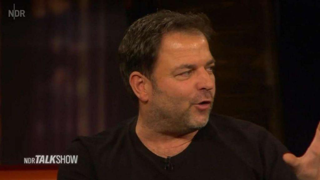 """Martin Rütter in der NDR-Talkshow: TV-Hundeprofi mit Geständnis über Mutter erschüttert - """"Ich habe sie gehasst"""""""