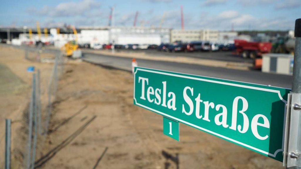 Tesla-Jobs in Grünheide: Stellenangebote in der Gigafactory von Elon Musk - diese Mitarbeiter werden gesucht