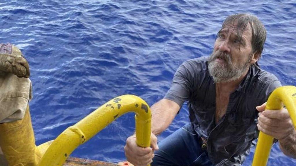 Vor der Küste Floridas - Vermisste am Bootsrumpf hängen gefunden - Nachrichten im Ausland