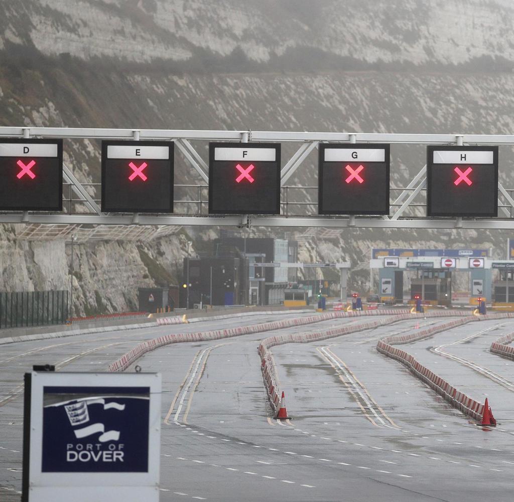 Vereinigtes Königreich: Alle Check-in-Bahnen in Dover Port sind geschlossen