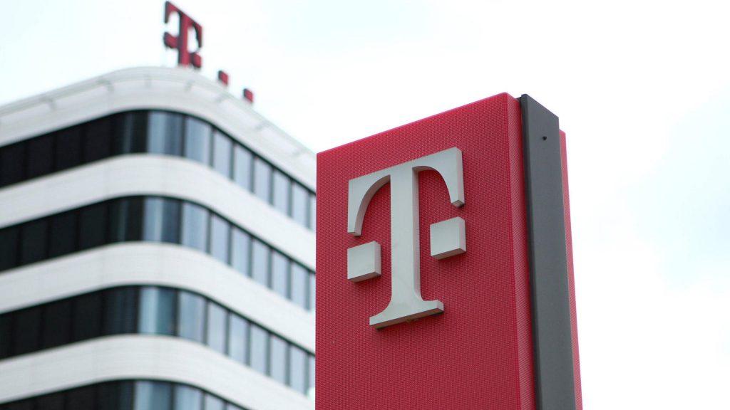 Gibt die Telekom 100 GB Daten an Mobilfunkkunden weiter?