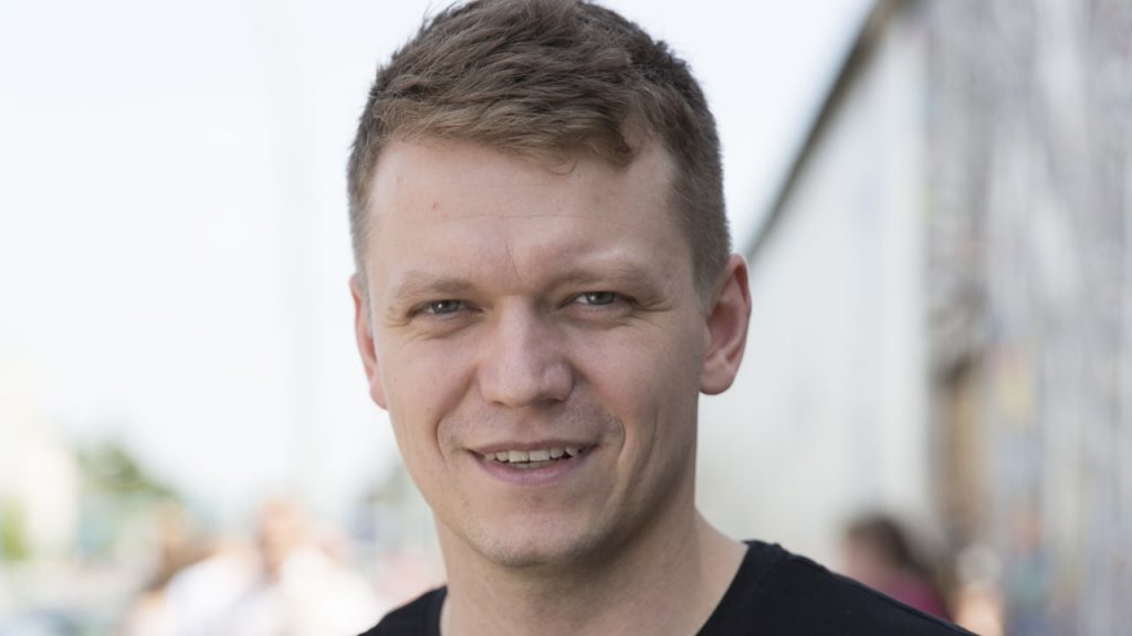 Lieferheld-Gründer Nikita Fahrenholz: Millionen Hammer!  - Menschen