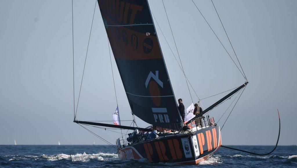 Vendée Globe: Kevin Escoffier ist 550 Seemeilen von Kapstadt entfernt Schiffbruch