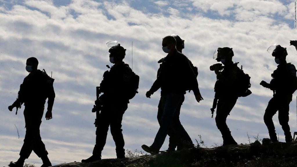 Israelischer Soldat erschießt und lähmt Palästinenser im Streit um Stromerzeuger