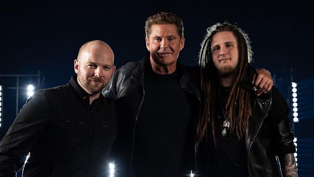 """David Hasselhoff und CueStack kreieren den Metal-Song """"Through the Night"""""""