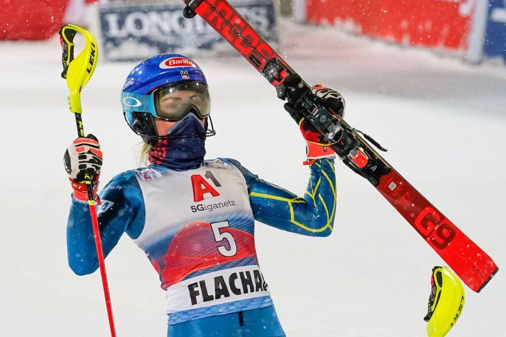 """""""Ich habe mich einfach lebendig gefühlt"""": Mikaela Shiffrin erzielt den ersten Slalomsieg seit über einem Jahr"""