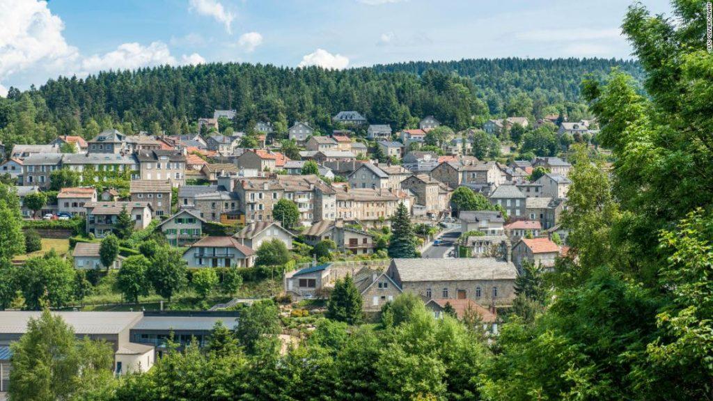 Der Österreicher überlässt sein Vermögen dem französischen Dorf, das seine Familie vor den Nazis versteckte
