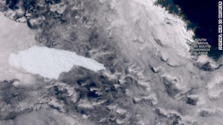 Wiegt ein Eisberg auf einem Kollisionskurs mit einem Pinguin Hunderte von Milliarden Tonnen?