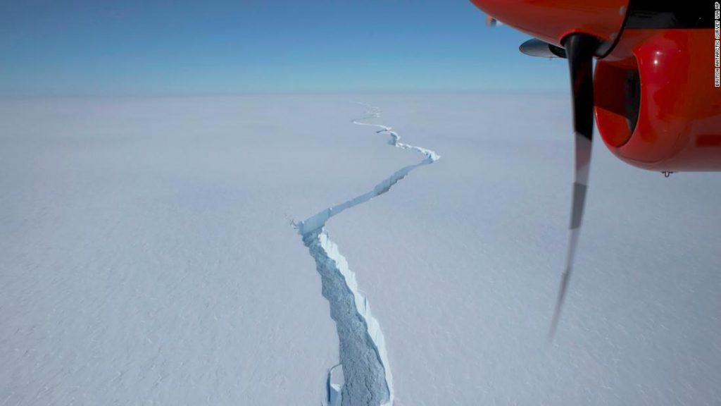 Eisberg größer als New York brach die Antarktis ab