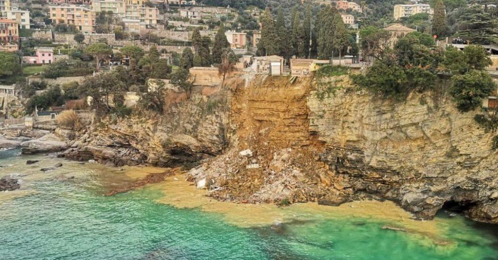Der italienische Friedhof von Cliffside und seine Särge wurden von einem Erdrutsch weggefegt