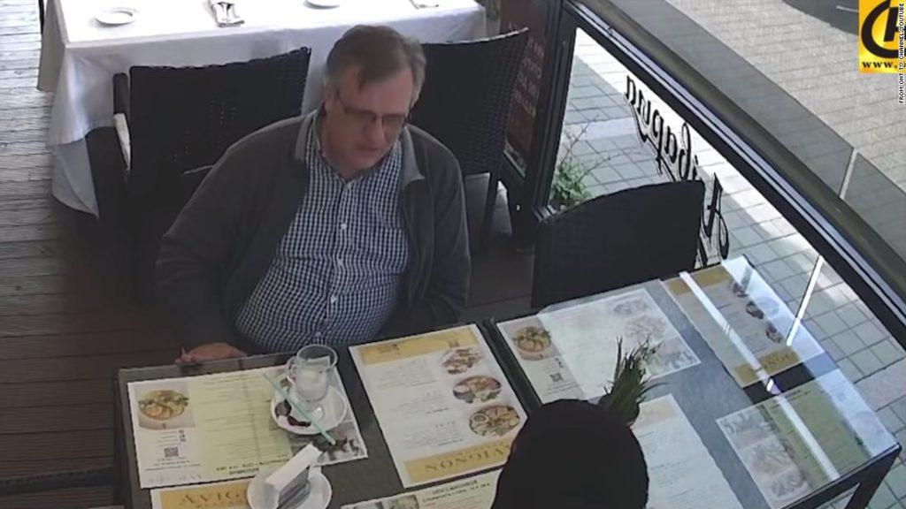 Ein amerikanischer Anwalt ging in Moskau zum Mittagessen.  Jetzt schmachtet er in einer Gefängniszelle in Weißrussland