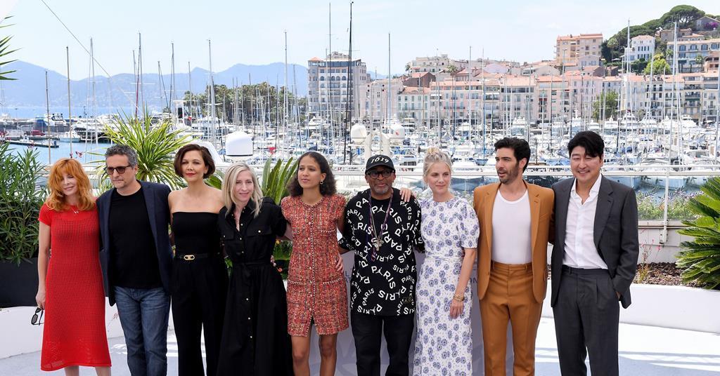 """Überwiegend weibliche Jury in Cannes """"Kann verschiedene Filme wählen"""", sagt Maggie Gyllenhaal    Neu"""