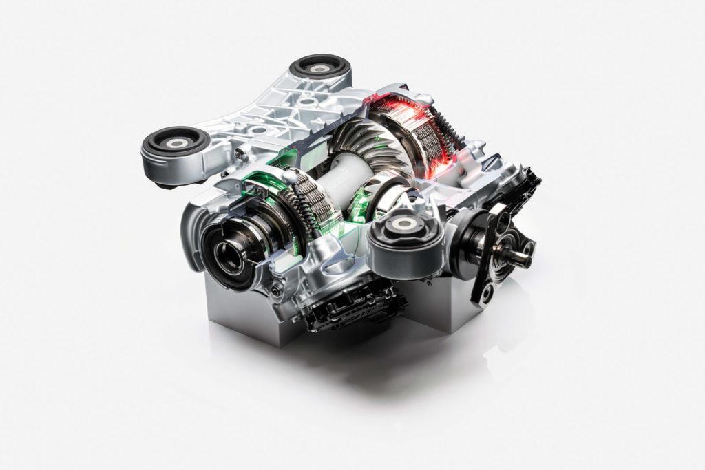 Unter die Haut: Wir müssen bei der neuen Drift-Technologie von Audi zusammenhalten