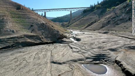 Diebe in Kalifornien stehlen knappes Wasser inmitten extremer Dürre,