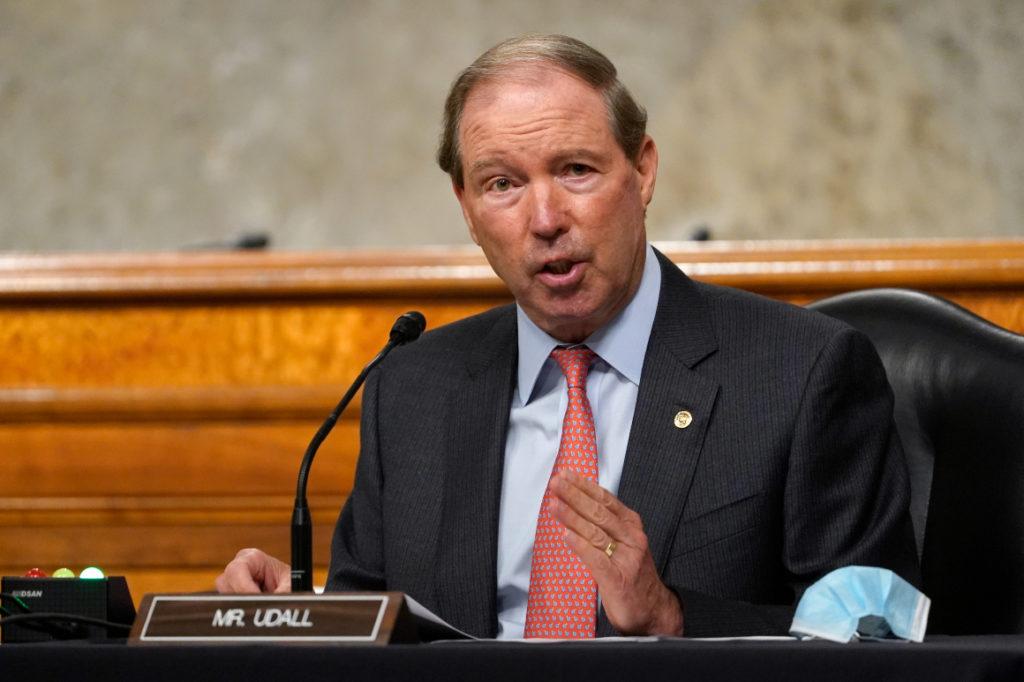 Der ehemalige Senator Tom Udall ist Bidens Wahl als Botschafter in Neuseeland und Samoa